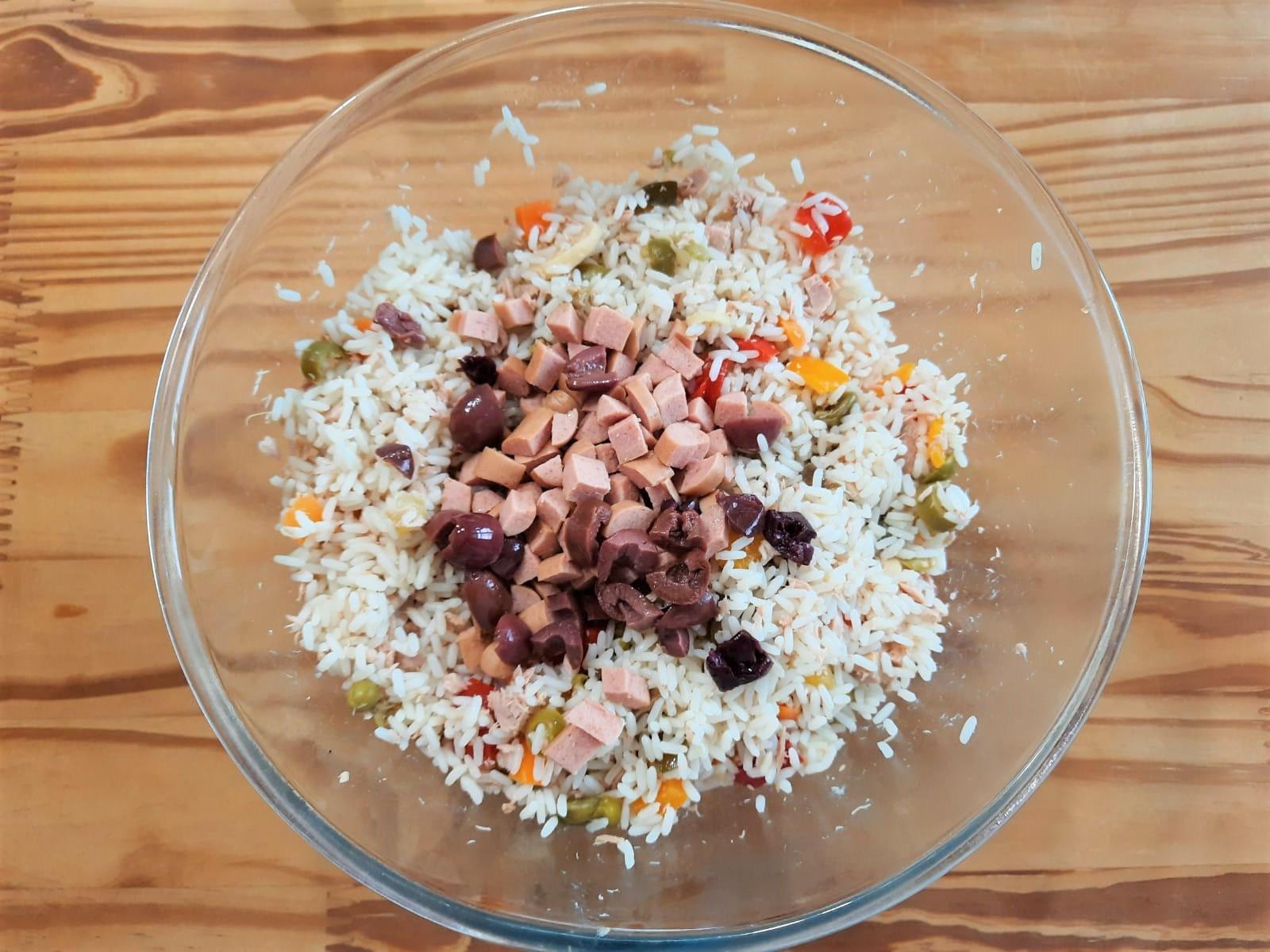 Insalata di riso classica senza maionese