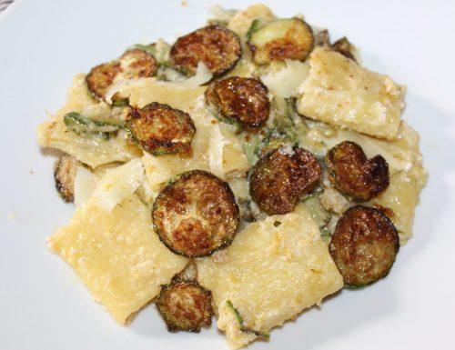 Paccheri alla Nerano con Zucchine e Scaglie di Provolone Picante