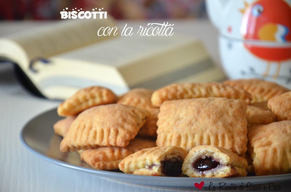 Biscotti con la ricotta