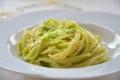 Spaghetti con Pesto di Fave