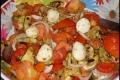 Insalata di Pomodori con Zucchine e Mozzarelline