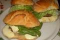 Panino con Hamburger e Mozzarella