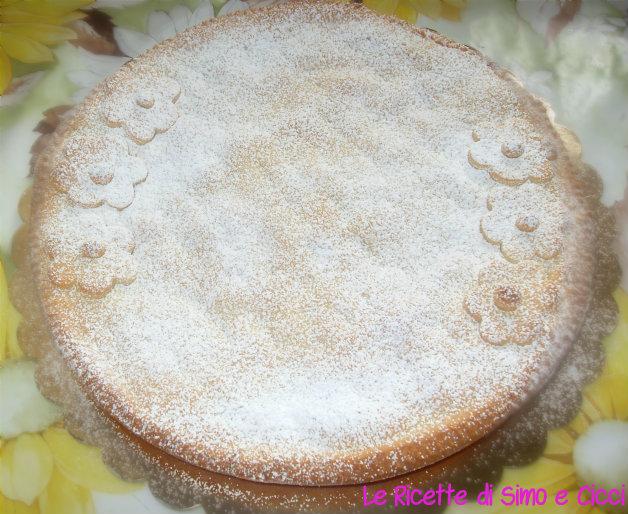 Crostata Ripiena di Fragole e Cioccolato Bianco