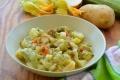 Zuppa Estiva con Patate, Zucchine e Fiori di Zucca