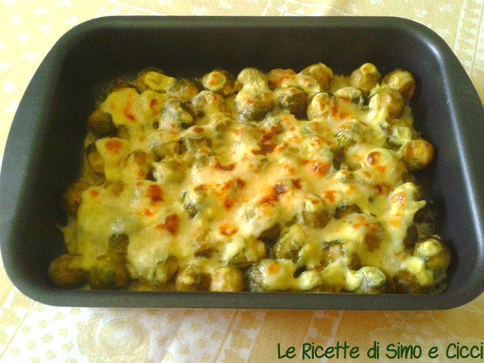 Cavoletti di Bruxelles Gratinati con Besciamella al Curry