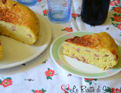 Frittata di Spaghetti con Salame e Provolone