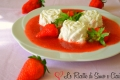 Rose di Panna e Mascarpone in Salsa di Fragole
