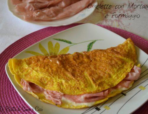 Omelette con Mortadella e Formaggio
