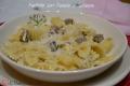 Farfalle con Patate e Salsiccia