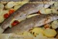 Trota Salmonata al Cartoccio con Patate e Pomodorini
