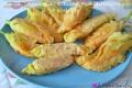 Fiori di Zucca ripieni di Ricotta Mortadella e Pane in pastella