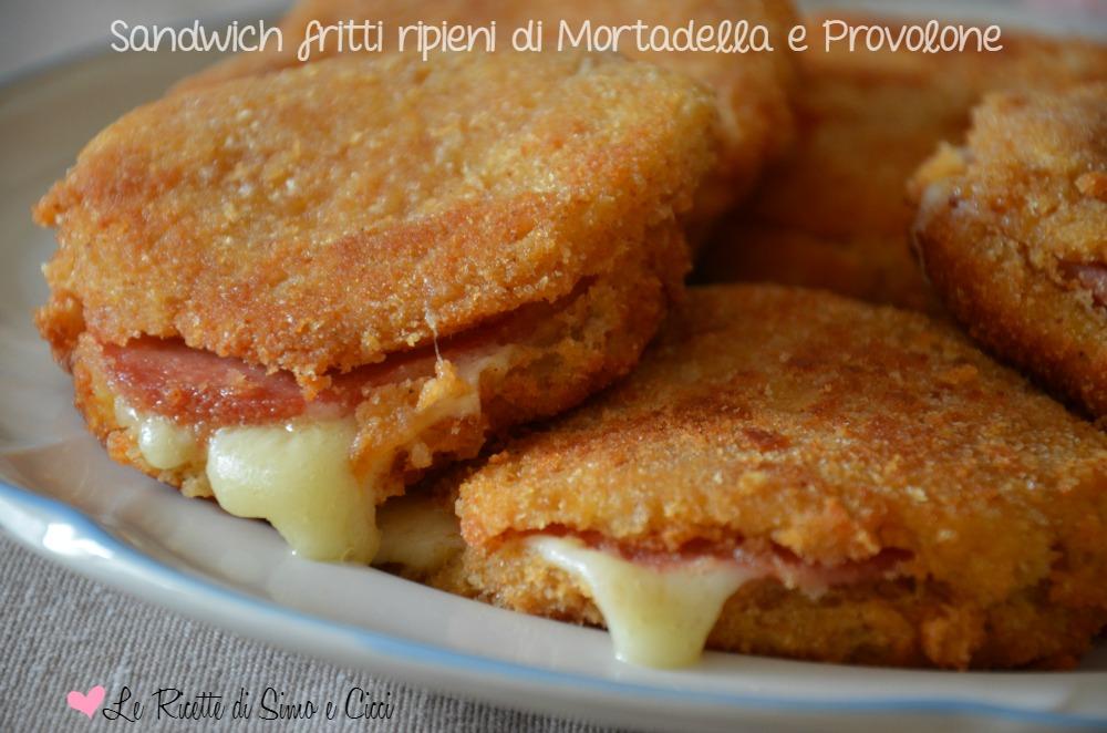 Sandwich fritti ripieni di Mortadella e Provolone