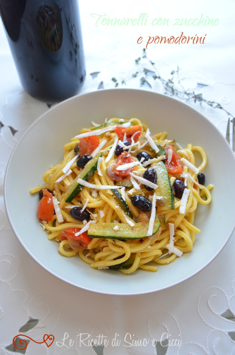Tonnarelli con zucchine e pomodorini