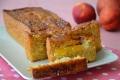 Plumcake integrale con pesche e cocco