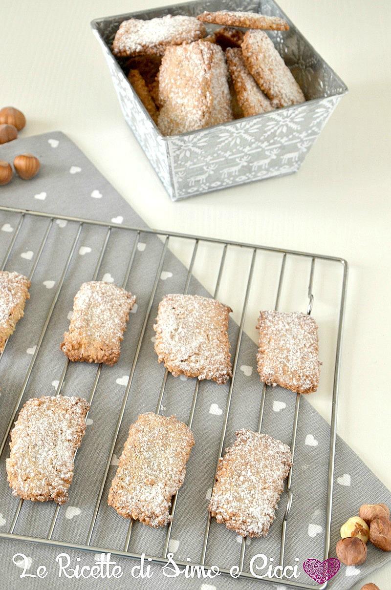 Biscotti alle nocciole senza glutine e senza lattosio (Parigini)