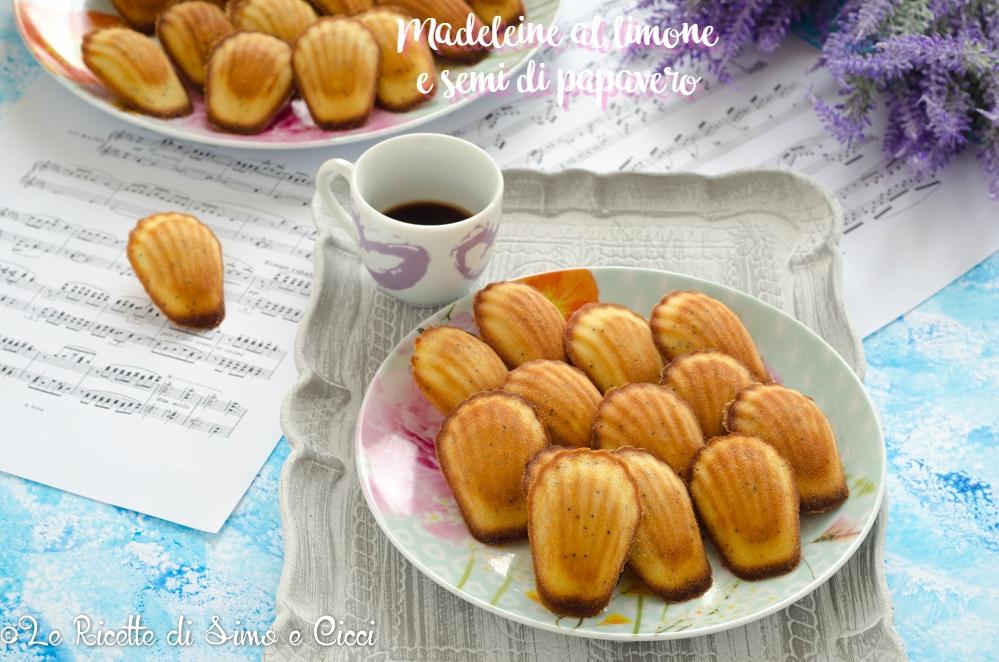 Madeleine al limone e semi di papavero