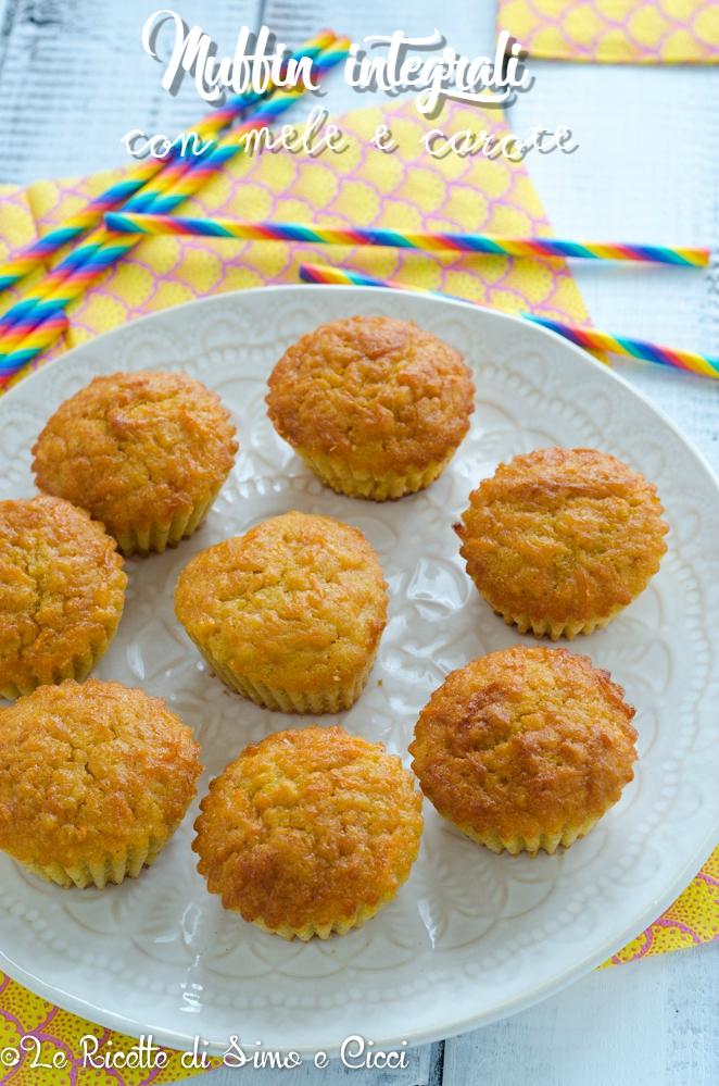 Muffin integrali con mele e carote