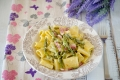 Pasta cremosa con asparagi pancetta e brie