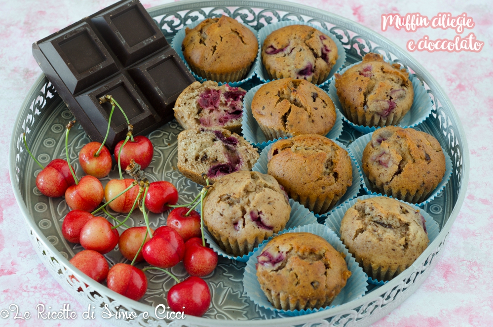 Muffin ciliegie e cioccolato