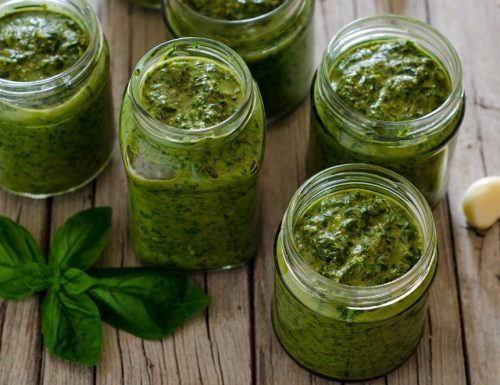 Pesto di basilico (pesto alla genovese)