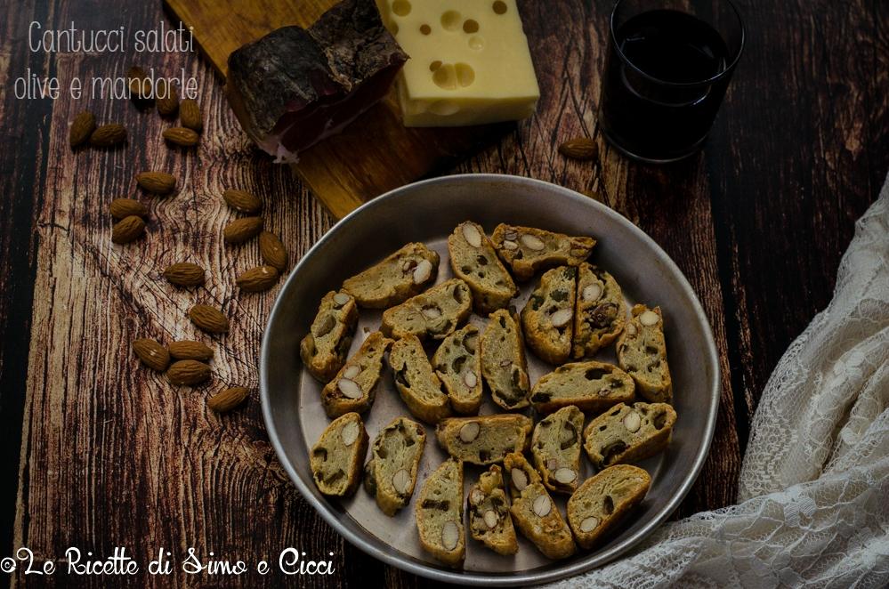 Cantucci salati olive e mandorle