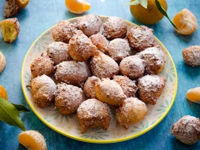 Frittelle di mandarini e cocco