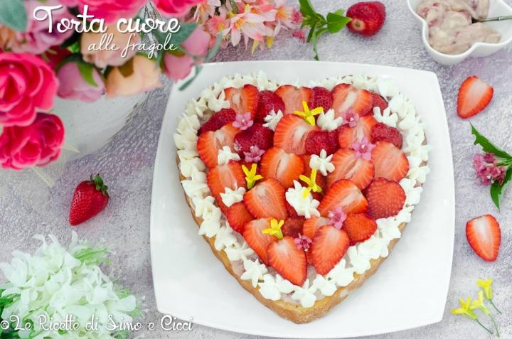 Torta cuore alle fragole