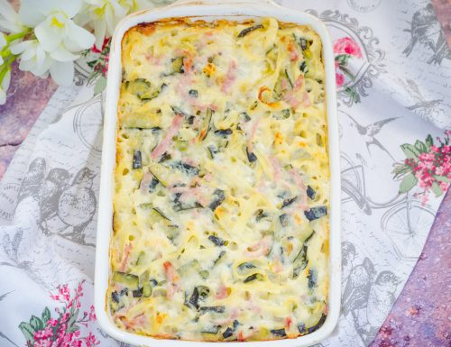 Pasta al forno con zucchine e prosciutto cotto