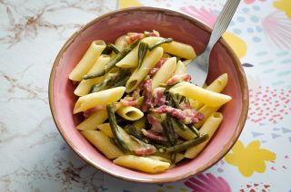 Pasta con fagiolini e pancetta