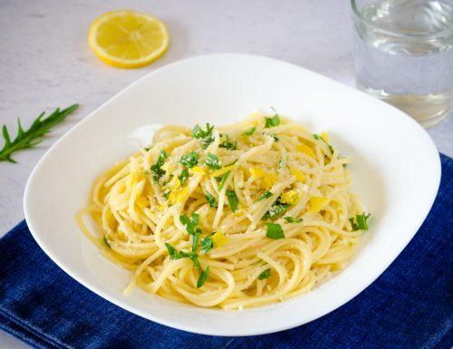 Spaghetti limone e rucola