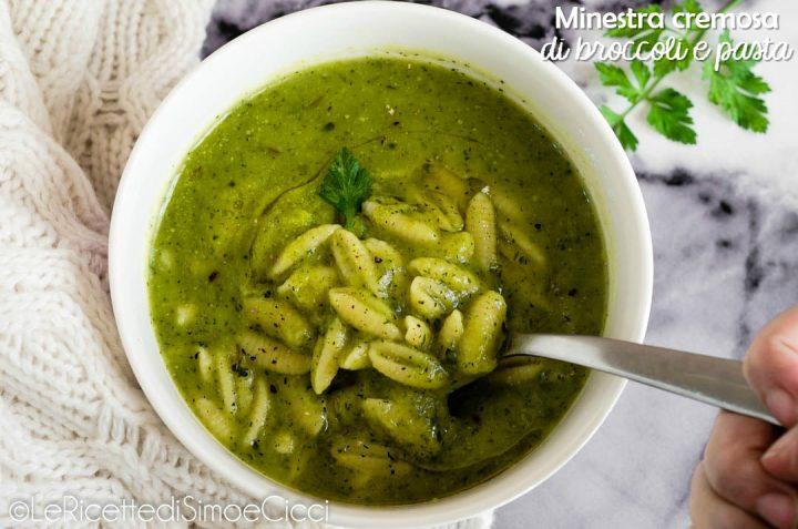 Minestra cremosa di broccoli e pasta