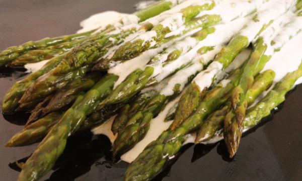 Asparagi in crema di mascarpone