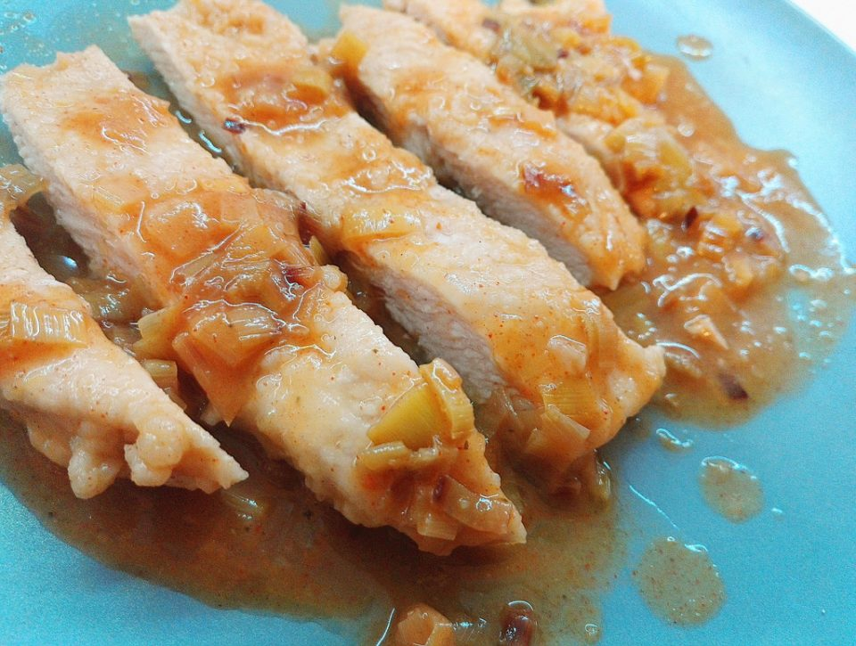 Pollo porro arancia piccante
