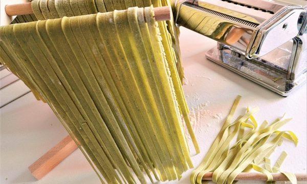 Pasta fresca verde agli spinaci