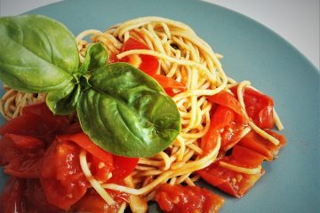 Spaghetti con pomodorino fresco