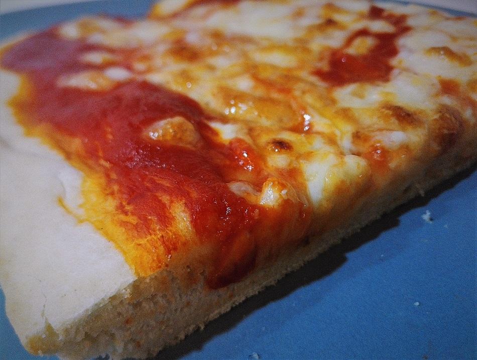 Impasto per la pizza con lievito istantaneo