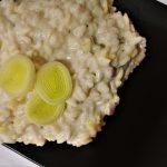 Risotto con porro e pancetta mantecato al mascarpone