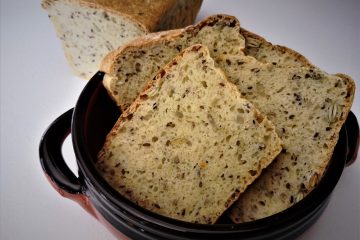 Pane in cassetta con mix di semi