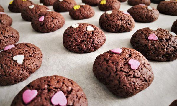 Biscotti con zucchine e cacao