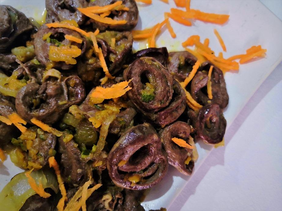Cuori di pollo in salsa di soia e verdure
