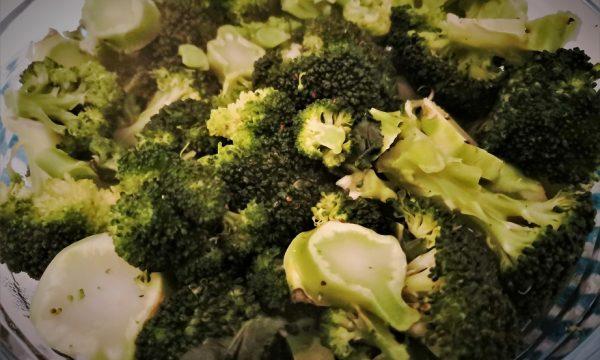 Come cucinare i broccoletti al microonde