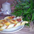 bastoncini di sfoglia prosciutto crudo e parmigiano