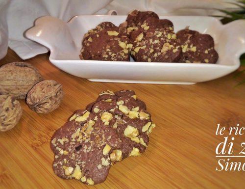 Biscotti 5 minuti cioccolato e noci