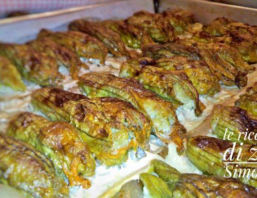 Fiori di zucca ripieni di scamorza mozzarella e patate