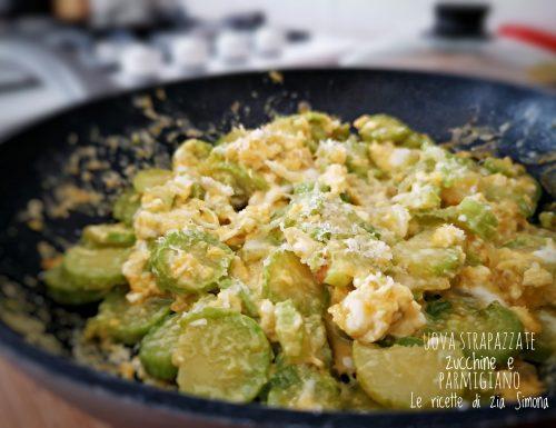 Uova strapazzate zucchine e parmigiano