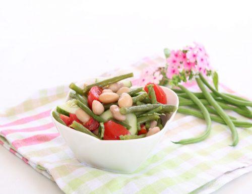 Insalata di fagiolini e legumi