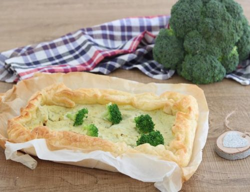 Torta rustica cremosa ai broccoletti