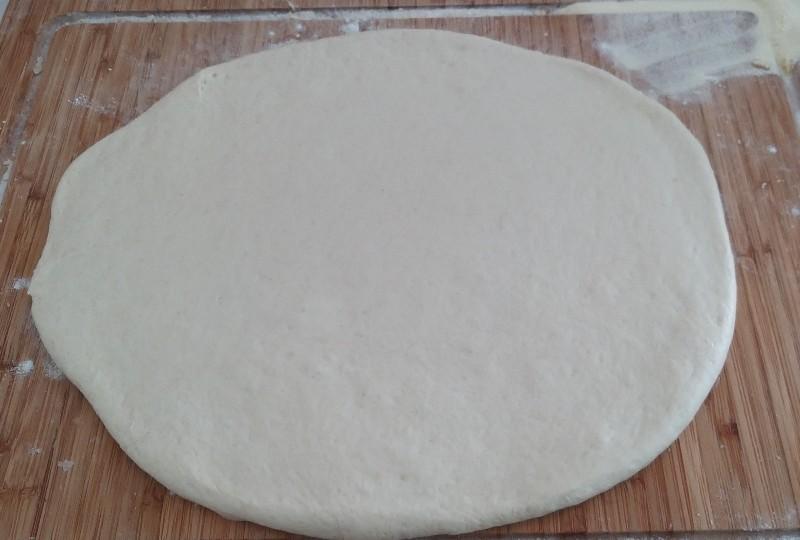 come realizzare la pizza arrotolota