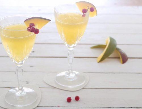 Cocktail alcolico al Mango e Lime