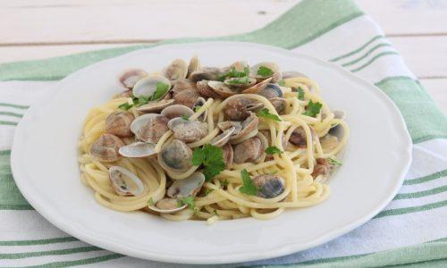Spaghetti con le vongole cremosi
